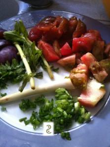 Bouillon aigre doux aux coquillages, citronnelle et ngo om http://wp.me/p389oa-aQ