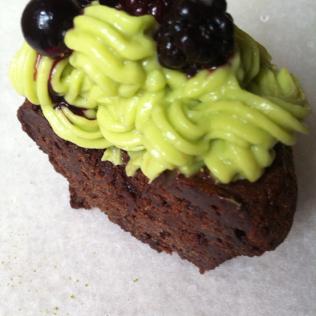 Cupcake matcha, avocat, cacao http://wp.me/p389oa-eK