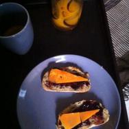 Café, confiture et mimolette http://wp.me/p389oa-a7