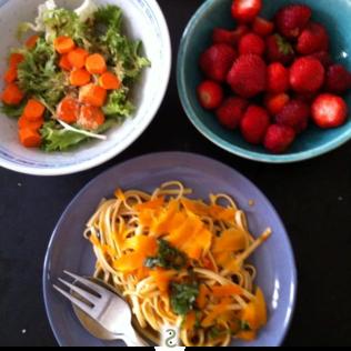 Udon à l'arrabiata et cumin végétal http://wp.me/p389oa-aQ
