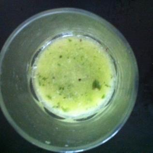 SAMEDI DETOX! Smoothie vert: concombre, menthe, kiwi, citron