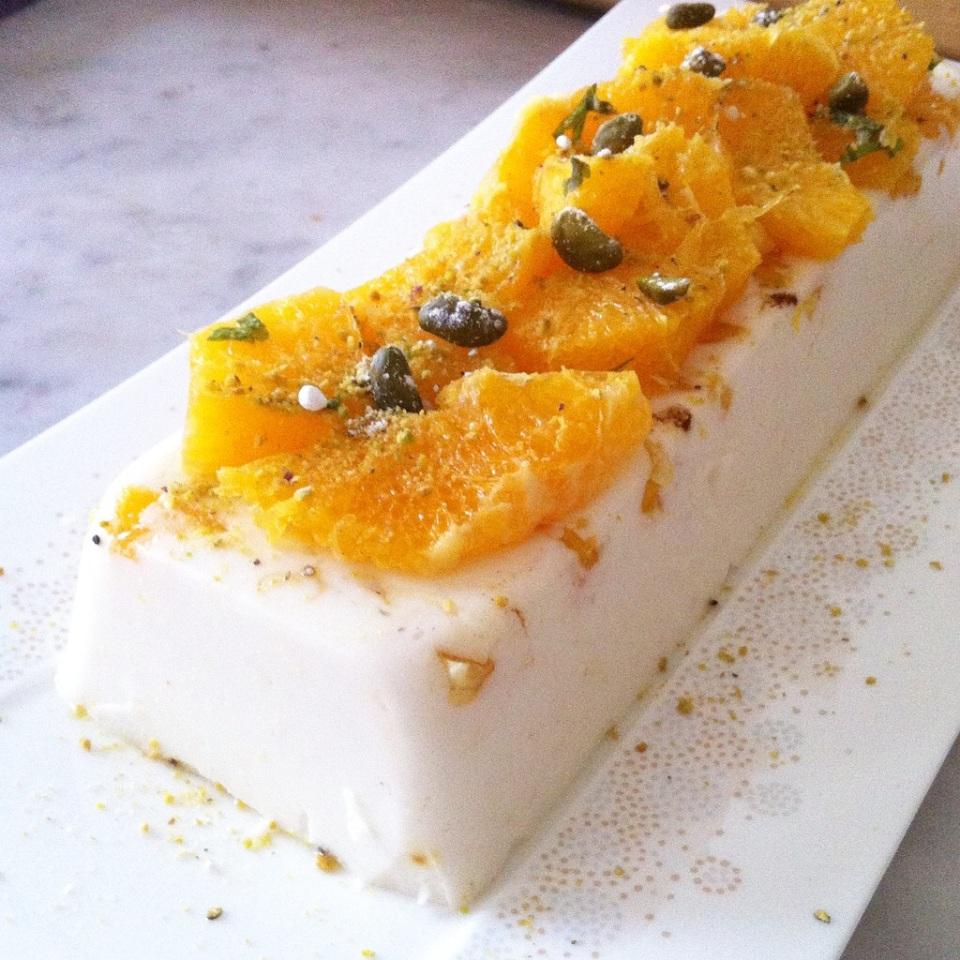 Blanc manger fleur d'oranger pistaches