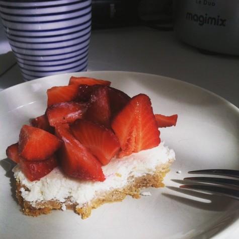 2ème service : Cheesecake et une montagne de fraises
